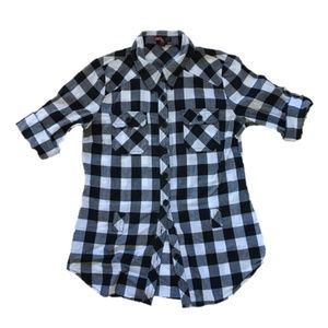 5 for $25: Black & White Gingham Plaid Buttondown